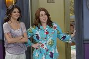 th 713905614 005 122 191lo Selena Gomez   Ghost Roommate Stills Wizards of Waverly Place