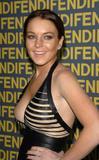 Lindsay Lohan I think I see nipple but my brain is making it real! Foto 1201 (Линдси Лохан Я думаю, я вижу, сосок, но мой мозг делает это реально! Фото 1201)