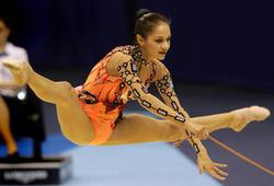 http://img191.imagevenue.com/loc483/th_91791_IrinaTchachina4_122_483lo.jpg