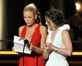 http://img191.imagevenue.com/loc505/th_35485_Blake_Lively_Leighton_61st_Primetime_Emmy_Awards_Show6_122_505lo.jpg
